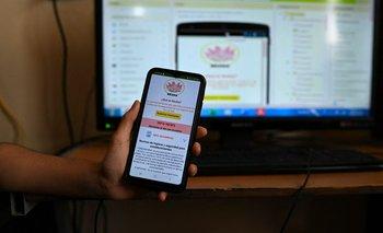 Un usuario utilizando la app venezolana.