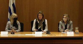 Beatríz Argimón, Fernanda Maldonado y Mónica Bottero en la presentación del PNG Agro