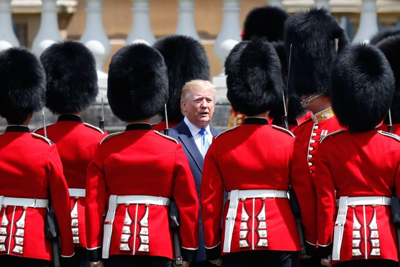 El embajador británico en EEUU califica a Trump de