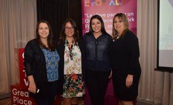 Karina Urrutia, Lucia Malián, María Noel Sanguinetti y Fedra Feóla