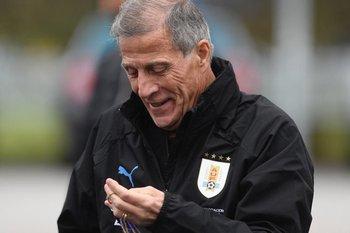 Tabárez dirige en 2019 su sexta Copa América