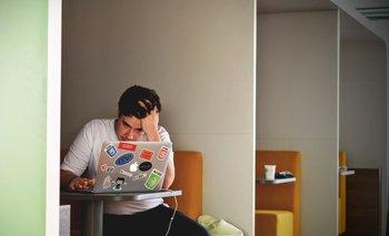 Burnout se le llama al estrés crónico provocado por el trabajo