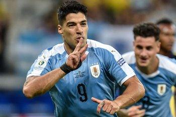 Festejo de gol de Luis Suárez