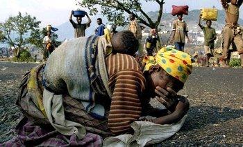 Muchas mujeres tuvieron que huir de Ruanda a causa del genocidio de 1994.