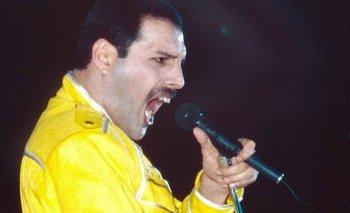 Una canción grabada por Mercury en 1986 fue estrenada a través de una estación de radio de la BBC.