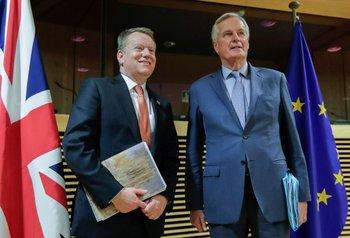 El negociador europeo, Michel Barnier, y el consejero del primer ministro británico David Frost