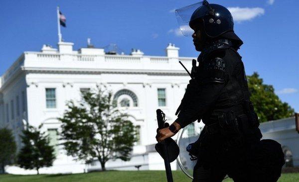 Una mujer fue detenida por envío de sobre con veneno a la Casa Blanca