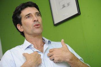 Ignacio Zuasnábar, director de opinión pública de Equipos Consultores, realizó este viernes un análisis político de la coyuntura durante un seminario web organizado por el CED