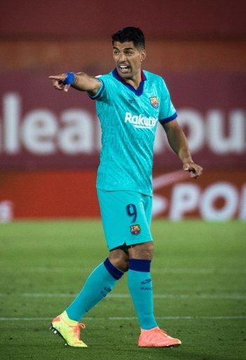 Suárez entró y dio un pase de gol