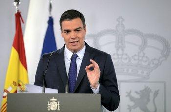 El español Pedro Sánchez durante una conferencia de prensa