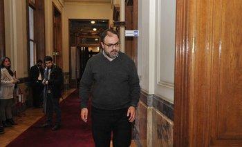 El senador Charles Carrera, del MPP, será el miembro interpelante