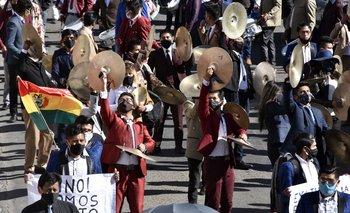 Músicos bolivianos en una protesta para que la presidenta Jeanine Añez reinstale el Ministerio de Cultura