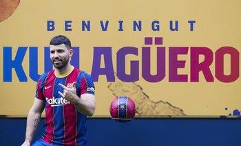 La bienvenida al Kun Agüero en Barcelona