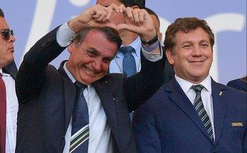 El presidente de Brasil, Bolsonaro, y el de la Conmebol, Alejandro Domínguez
