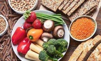 os hidratos de carbono (también denominados glúcidos, carbohidratos o hidratos) son nutrientes que se encuentran en los alimentos