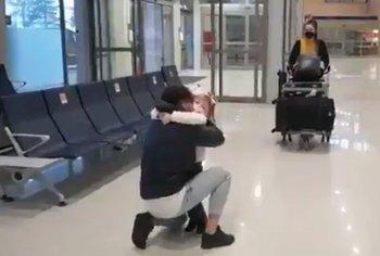 Leandro Reymúndez se reencontró con su hija y su esposa después de más de dos meses sin poder verlas