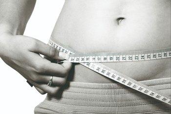 Bajar de peso de forma rápida puede traer riesgos para la salud