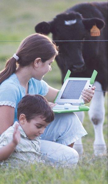 La revolución digital llega a las escuelas con el Plan Ceibal. 2008