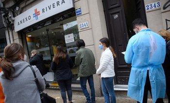 Los adolescentes comenzaron a vacunarse contra el covid en Uruguay el 9 de junio