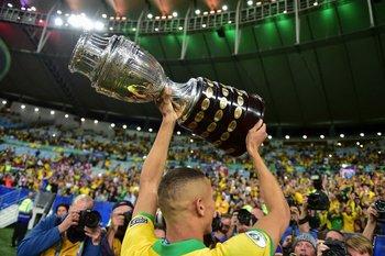 Brasil defenderá la Copa en su casa