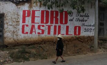 Las calles de Tacabamba se llenaron con carteles de apoyo a Castillo