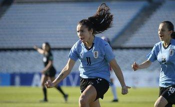 El festejo de Esperanza Pizarra, autora del primer gol
