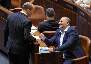 Bennet será primer ministro de Israel tras 12 años de Netanyahu en el poder