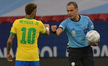 Ostojich y Neymar