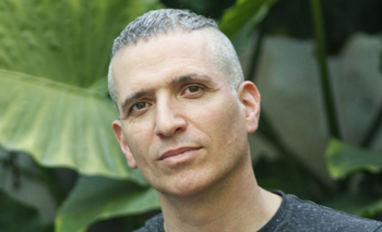 El historiador Ezequiel Adamovsky ha estudiado el racismo y las identidades étnicas en Argentina