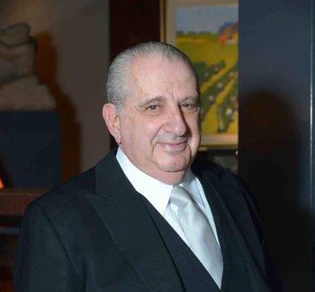 Jorge Azar Gómez fue representante de Uruguay en el exterior durante la dictadura