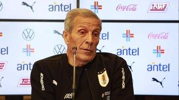El Maestro Tabárez habló en conferencia de prensa