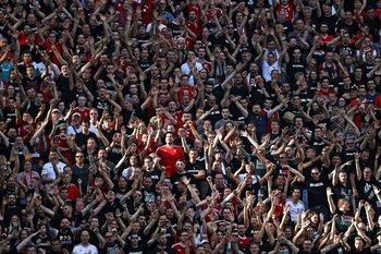 Espectadores durante el partido de Hungría-Portugal, que superó los 67 mil asistentes