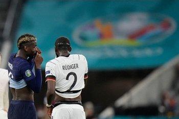 Pogba y Rudiger terminaron charlando
