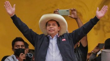 Pedro Castillo ha pasado de ser un virtual desconocido en América Latina a estar a punto de convertirse en presidente de Perú