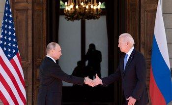 Putin y Biden calificaron de positiva su primera cumbre