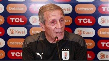 El Maestro Tabárez habló de los problemas que tiene Uruguay a la hora de llegar en ofensiva