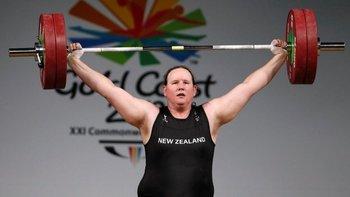 Laurel Hubbard se encuentra entre las atletas mejor clasificadas del mundo en su categoría