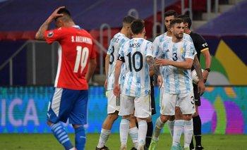 El festejo del gol del Papu Gómez