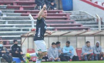 Cebolla Rodríguez le dio el gol del triunfo a Plaza ante River