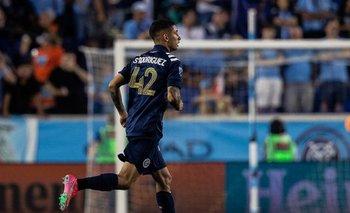 Santiago Rodríguez con el número 42 en New York City FC
