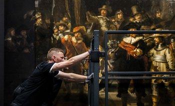 La ronda de noche fue pintada por Rembrandt hace más de 300 años