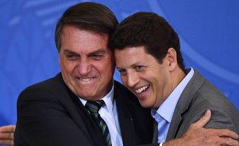 La renuncia del ministro, que era respaldado por Bolsonaro, fue celebrada por parte de ambientalistas
