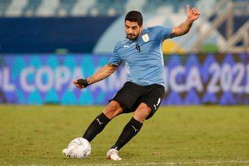 Luis Suárez retorna al equipo titular
