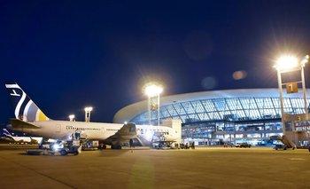 Eastern Airlines canceló su vuelo y 140 uruguayos quedaron a la espera