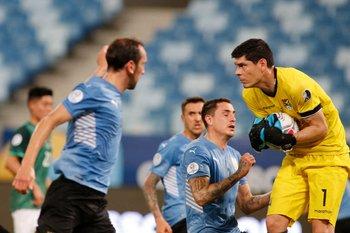 Carlos Lampe, la mejor figura del partido