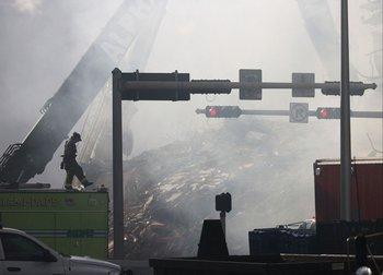 Las tareas de rescate continúan en el edificio derrumbado en Miami