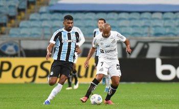 Carlos Sánchez volvió a jugar tras ocho meses de lesión