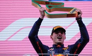 Max Verstappen celebra un nuevo triunfo en Fórmula Uno