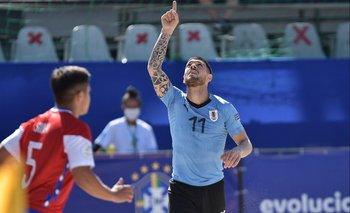 Uruguay le gana a Chile por fase de grupos
