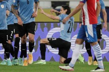 El festejo de gol de Edinson Cavani